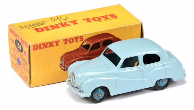 Dinky 161 (40j) Austin Somerset Saloon - pale blue