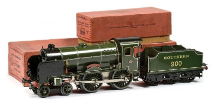 Hornby O Gauge No.4C 4-4-0 Loco and Tender Southern green