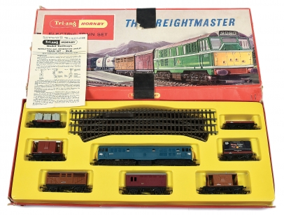 "Triang Hornby ""The Freightmaster"" OO Electric Train Set"