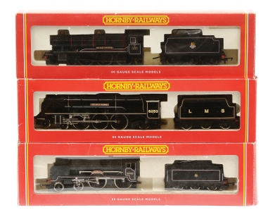 Hornby Railways BR black Steam Locos comprising R2039
