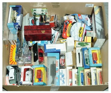 Maisto, Lledo and other assorted boxed vehicles