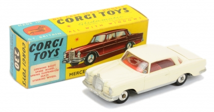 Corgi 230 Mercedes 220SE Coupe - cream body, silver trim