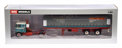 WSI Models 1/50th scale 01-2201 Mack F700 4x2 plus Classic Curtainside